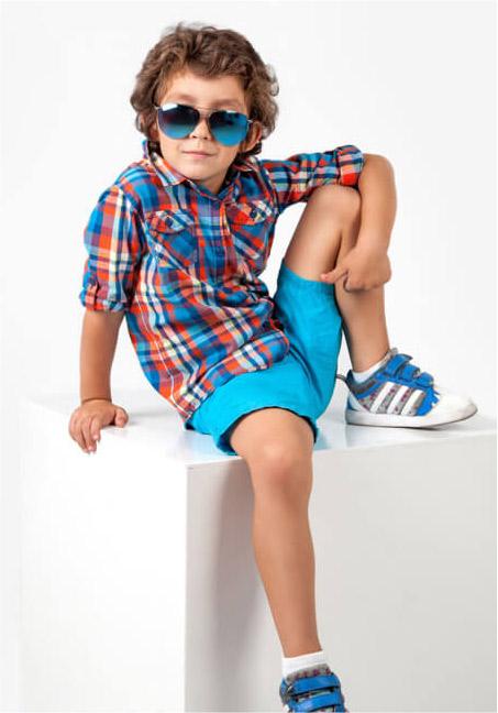 ملابس الأولاد