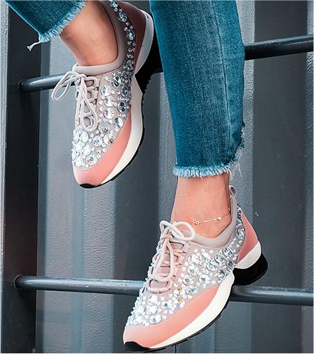 الآحذية