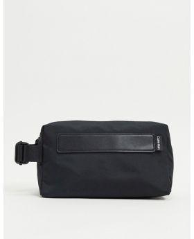 حقيبة كالفن كلاين
