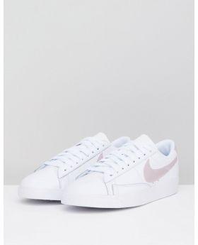 حذاء نايكي بلايزر